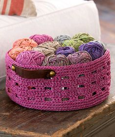 [Free Pattern] Keep Your Stuff Organized With Style With This Easy Crochet Basket With Leather Handles! - Knit And Crochet Daily
