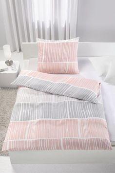 Bettwäsche aus 100% Polyester in der Farbe Rosa. B/L: ca. 135/200cm und 80/80cm.