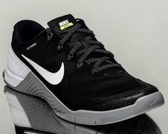 sale retailer fe8ee 0bed0 Nike Metcon 2 II men training train gym shoes NEW black white grey