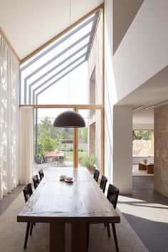The Renovation And Extension Of An 18th Century House To Include An Office And Home