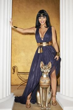 Cleopatra Costume: solid maxi dress with gold accessories.
