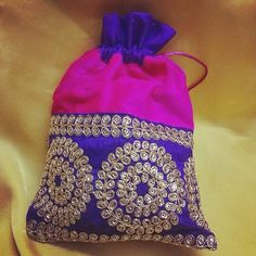 Homemade Chocolates, Trousseau Packing, Money Envelopes, Diwali Gifts, Thread Work, Pink Velvet, Arts And Crafts, Boxes, Fancy
