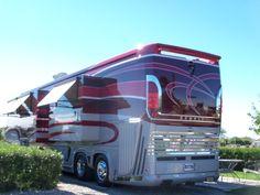 Power Inverters at RV Accessories Shop. Rv Motorhomes, Luxury Motorhomes, Luxury Bus, Luxury Travel, Luxury Campers, Rv Bus, Rv Campers, Rv Vehicle, Cool Rvs