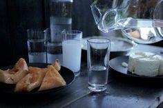Rakı Şişesinde Balık Olsam: Rakı nasıl içilir?