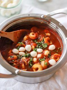 Tomato Basil Tortellini Soup - foodiecrush.com