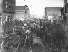 Blockade of people on Front St., Nome, Alaska, July 1, 1900.