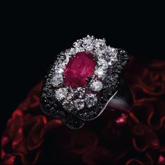 """Scavia on Instagram: """"Fancy anemone ring with a ruby of 6,95 ct IGI certificate ."""
