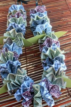Adventures of a BusyBee: Money and Paper LEI Tutorial