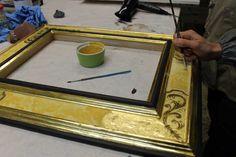 Gold leaf gilding class -  http://www.virgiliocontadini.com/news/corso-di-doratura-e-restyling-del-mobile_1111.html