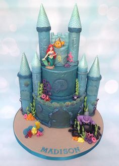 Another Princess Castle made this week, but not one I have made before. This time it was an under the sea castle, made to house Ariel and her friends, and look, Nemo was invited to the party too! The Little Mermaid models on this cake are plastic,...
