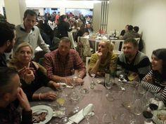 Formándonos y disfrutando de una increíble cena con nuestro equipo. Da gusto trabajar con estos grandes compañeros #trabajo #equipo