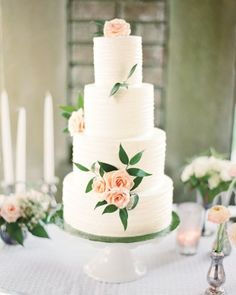 🍰 The couple's garden wedding featured this buttercream-frosted cake with lush pink roses. To see more wedding cakes decorated with fresh flowers, click the link in our bio! Summer Wedding Cakes, Wedding Cake Roses, Floral Wedding Cakes, Cool Wedding Cakes, Beautiful Wedding Cakes, Wedding Cake Designs, Beautiful Cakes, Elegant Wedding, Fresh Flower Cake