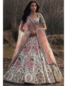 Off White Silk Heavy Embroidered Wedding Lehenga Choli Indian Bridal Lehenga, Indian Bridal Wear, Indian Wedding Outfits, Indian Ethnic Wear, Bridal Outfits, Indian Outfits, Bridal Dresses, Bridesmaid Dresses, Ghagra Choli
