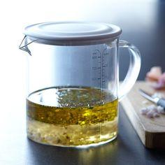 Williams-Sonoma Open Kitchen Liquid Measuring Cup with Lid #williamssonoma