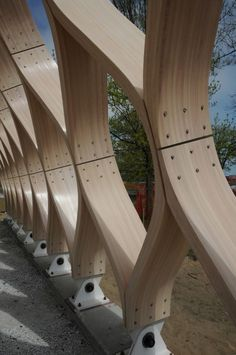 Image 5 of 36 from gallery of Lincoln Park Zoo South Pond / Studio Gang Architects. Courtesy of Studio Gang Architects Timber Architecture, Timber Buildings, Amazing Architecture, Architecture Details, Bamboo Structure, Timber Structure, Dome House, Building A Shed, Building Plans