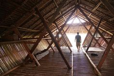 AID - Temporary Dormitories for Mae Tao Clinic: Timber, Bamboo structure functions as shelter for kids Bamboo Architecture, Vernacular Architecture, Amazing Architecture, Architecture Details, Interior Architecture, Network Architecture, Temporary Architecture, Bamboo House Design, Student Dormitory