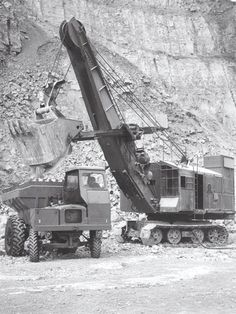 Mechanical cable shovel