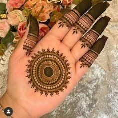 Circle Mehndi Designs, Round Mehndi Design, Palm Mehndi Design, Back Hand Mehndi Designs, Mehndi Designs Book, Modern Mehndi Designs, Mehndi Designs For Beginners, Mehndi Designs For Girls, Mehndi Design Photos