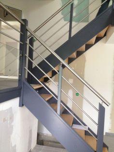 rambarde de la mezzanine demi niveau c t de vesoul par sonata sur. Black Bedroom Furniture Sets. Home Design Ideas