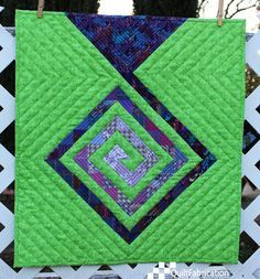 Light at the End of the Spiral - made with Unfinished HSTs - Finishes at x (She also has a tutorial on matching the binding fabric to the quilt top. Colorful Quilts, Small Quilts, Mini Quilts, 3d Quilts, Mini Quilt Patterns, Modern Quilt Patterns, Quilt Modern, Loom Patterns, Quilting Patterns