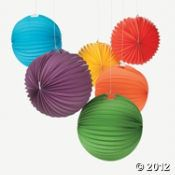 Solid Color Balloon Lanterns. Maybe to hang in the tree? only $15! Or we could do solid white? Lots of colors