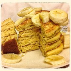Post Run Recovery Meal Of Tropical Pancakes. These include dried pineapple and shredded coconut then topped with sliced banana. A taste of the Caribbean In The Middle Of Texas. #realfood #endurancefoodies #cleaneating #enduranceathlete #endurancenutrition #plantbased #plantbasedathlete #cter #food #foodisfuel - @cooktraineatrace- #webstagram