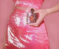 Image about pink in smelling like a queen 👑 by Courtney Boujee Aesthetic, Aesthetic Vintage, Aesthetic Pictures, Grunge Fashion, Pink Fashion, Fashion Outfits, Pink Photo, Pink Bedding, 2000s Fashion