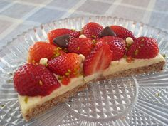 Strawberry and Chocolate Hearts Cake Cheesecakes, Strawberry, Pie, Treats, Fruit, Sweet, Food, Torte, Sweet Like Candy