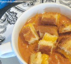 Creamy Tomato Soup topped with crunchy gluten-free grilled cheese croutons. The ultimate comfort food, reminiscent of childhood. Gluten Free Soup, Best Gluten Free Recipes, Allergy Free Recipes, Gluten Free Dinner, Best Grilled Cheese, Grilled Cheese Recipes, Grill Cheese Sandwich Recipes, Homemade Soup, Sans Gluten