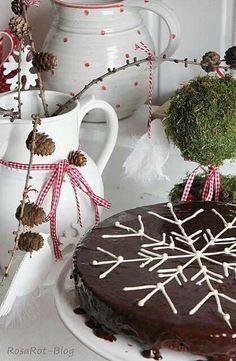 Snowstar on a brownie