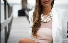 outfit pearls white beige strictly style