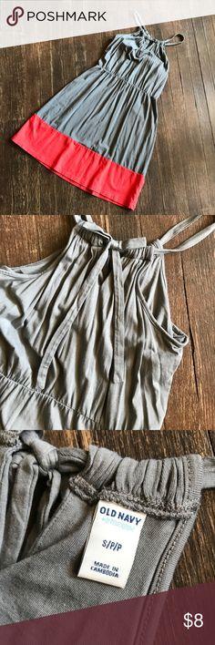 Grey and coral summer dress Grey and coral summer dress. Old navy size small Old Navy Dresses