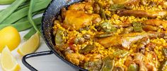 Paella Valenciana is the original Paella recipe. Paella Valenciana contains chicken and rabbit, vegetables, beans and, very rarely nowadays, fresh snails. Spanish Dishes, Spanish Rice, Spanish Food, Spanish Recipes, Spanish Cuisine, Mexican Recipes, Valenciana Recipe, Spanish Paella, Paella Recipe
