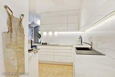 White modern kitchen in Helsinki