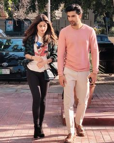 Cutest Pictures Of Our Favorite Ahad & Sajal Together Couple Photoshoot Poses, Couple Photography Poses, Bridal Photoshoot, Stylish Girls Photos, Girl Photos, Sajal Ali Wedding, Sajjal Ali, Everyday Casual Outfits, Benoit
