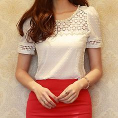 Wholesale Beading Floral Print Short Sleeve Scoop Neck Hollow Out Design T-Shirt For Women
