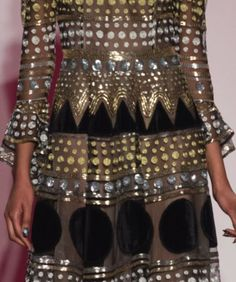 patternprints journal: PATTERNS, PRINTS, TEXTURES AND SURFACES INTO F/W 2017-18 FASHION COLLECTIONS / NEW YORK 4 - Naeem Khan.