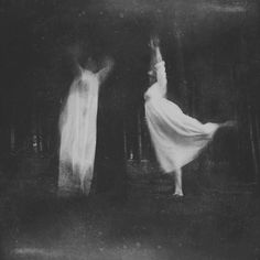 Photographs by Deborah Sheedy Look Dark, Arte Obscura, Southern Gothic, Season Of The Witch, Witch Aesthetic, Dark Photography, Macabre, Faeries, Dark Art