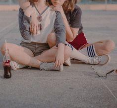 ★彡 eleven & max aesthetic / elmax aesthetic Lolita, Foto Pose, Retro Aesthetic, Girls In Love, Stranger Things, Couple Goals, Cute Couples, Character Inspiration, Girlfriends
