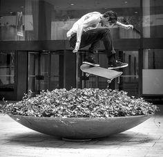 Skateboarding / Dylan Rieder