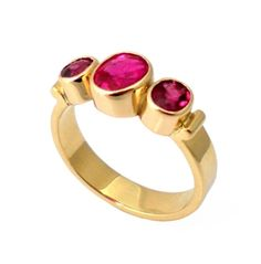 18ct gold Ruby ring made by Nikki