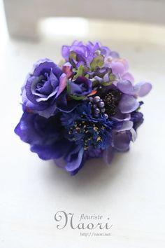 naori+florist   corsage アネモネとブルーローズ