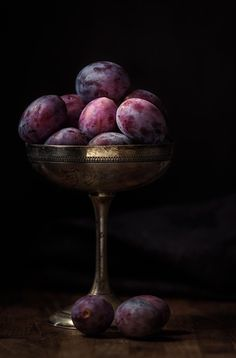 Fruit still life photography vegetables food styling 55 super ideas food photography fruit vegetables 446419381815179624 Fruit And Veg, Fruits And Veggies, Vegetables, Fruits Basket, Fruit Food, Dark Food Photography, Still Life Photography, Beauty Photography, Still Life Photos