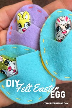 Sew a simple fillable felt easter egg Easter Projects, Bunny Crafts, Easter Crafts For Kids, Felt Crafts, Felt Diy, Easter Ideas, Easter Activities For Kids, Easter Party, Easter Table