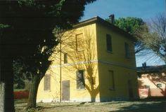 Villa a Castel San Pietro Terme (BO)vicino al centro e al campo golf su due piani con possibilità di ampiamento Mq.260 e giardino Mq.2000 ca. www.sangiorgiimmobiliare.it