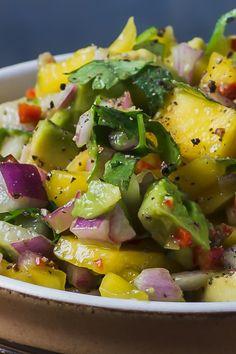 Mango Avocado Salad – perfect with anything spicy – ProperFoodie Mango Avocado Salat – perfekt zu allem, was scharf ist – ProperFoodie Mango Avacado Salad, Avocado Salad Recipes, Avocado Salat, Mango Recipes, Healthy Recipes, Avocado Dessert, Avocado Toast, Mango Salat, Mango Chicken