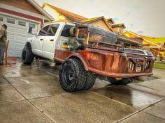 Welding Memes, Welding Trucks, Welding Rigs, Custom Truck Beds, Custom Trucks, Truck Flatbeds, Pickup Trucks, Pipeline Welders, Rig Welder
