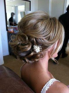Bridal updo romantic look
