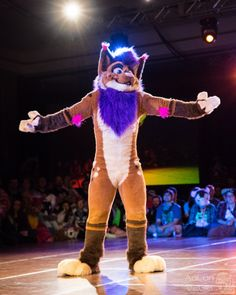 FWA2016-1490 (AoLun08) Tags: costume furry convention anthropomorphic anthro fursuit fwa fursuiter fursuiting furryweekendatlanta furryweekendatlanta2016 fwa2016