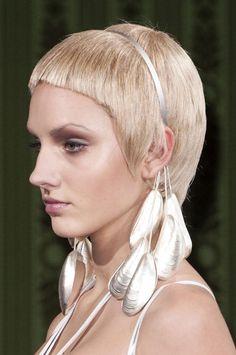 Fashionising.com's Fashion Blog: Fashion Trends & Celebrity Fashion - Beauty at Oscar Carvallo Haute Couture Spring 2013